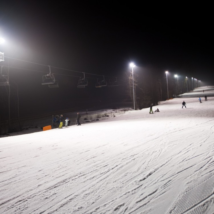 Night ski lessons